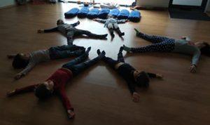 Aula de Yoga para Crianças 3-6 anos